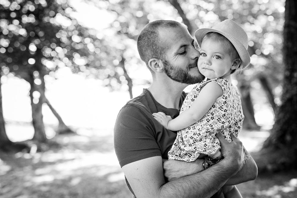 photographies famille lifestyle exterieur lac montagne douvaine père fille thonon