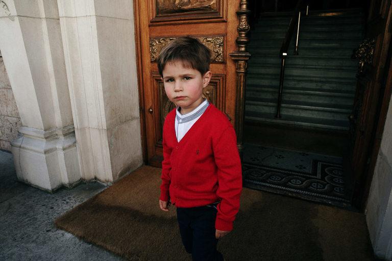 photo mariage à la mairie d'Evian ceremonie civile enfant